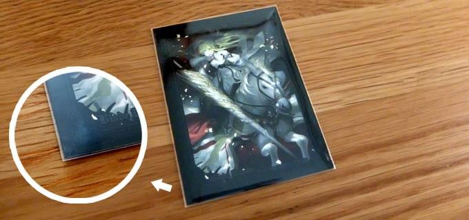デュエマにぴったりのスリーブ:キャラスリの上から『スリーブプロテクターM』を重ねた写真