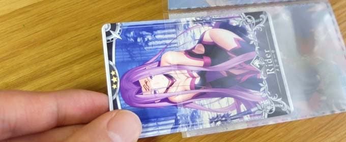 FGOアーケードの5連スリーブにカードを装着