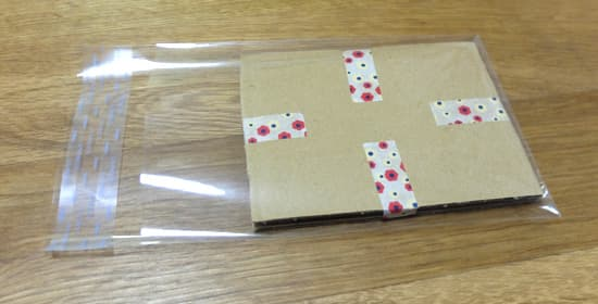 OPPクリスタルパックに入れる カード梱包
