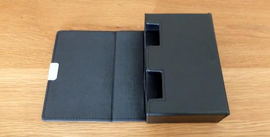 蓋を開けた状態|アクラス(Aclass)合皮製スリムデッキケース
